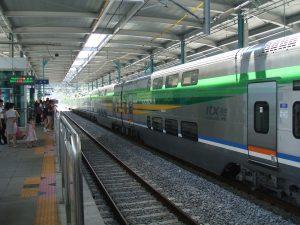 韓国で列車に乗ると、面白い出来事によく遭遇する